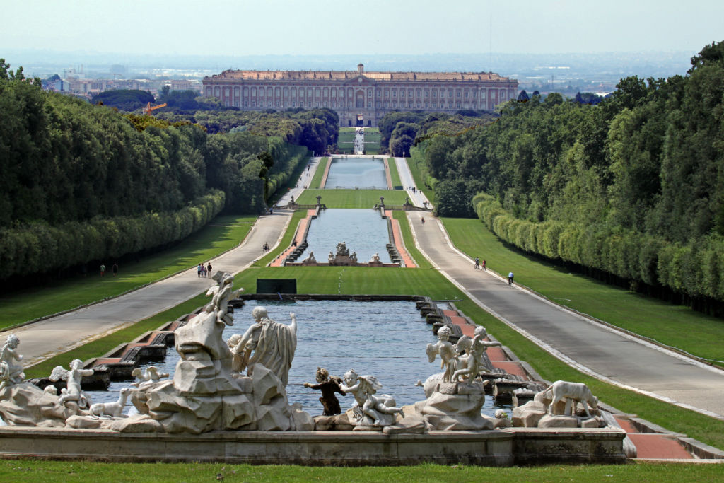 Visit Caserta Royal palace at night